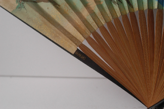 JAPANESE FAN lacquer GOLD and SILVER makie signed 28.7 cm. foto 2
